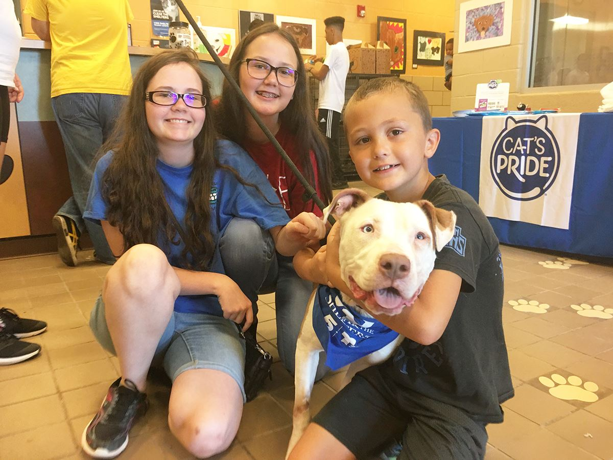 2019 Mesquite Clear the Shelter - kids with dog