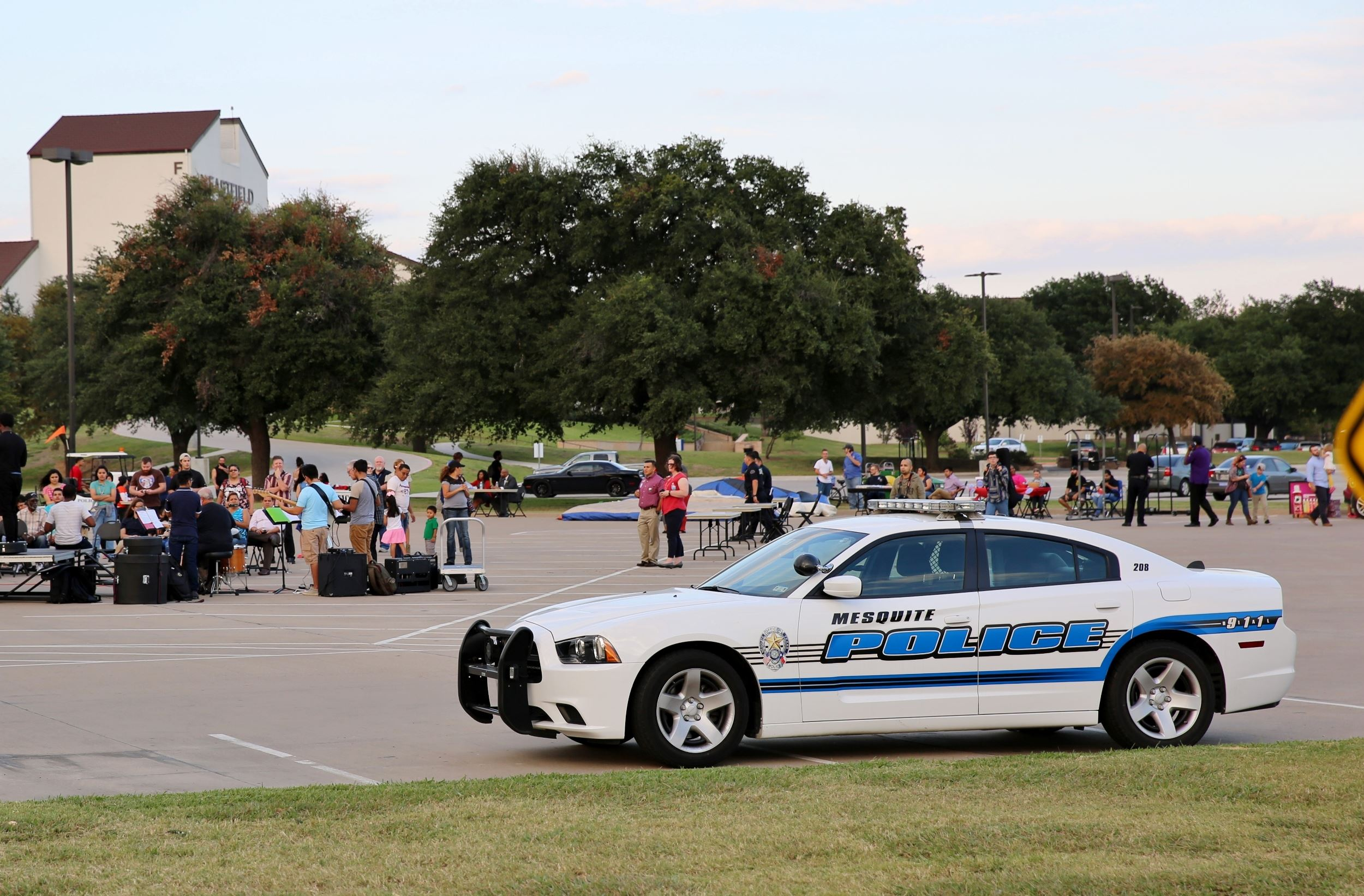 National Night Out at Eastfield (2500x1642)