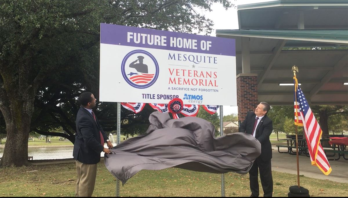 11-5-18 Oric Walker-Atmos VP of Public Affairs and Mesquite Mayor Stan Pickett debut new veterans me