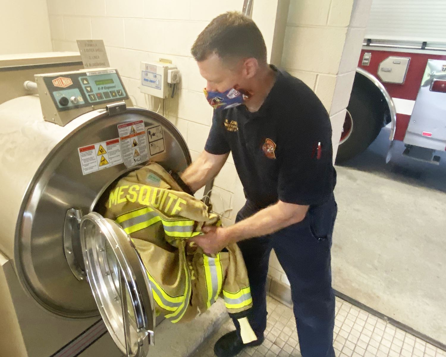 Mesquite Fire - places gear in extractor